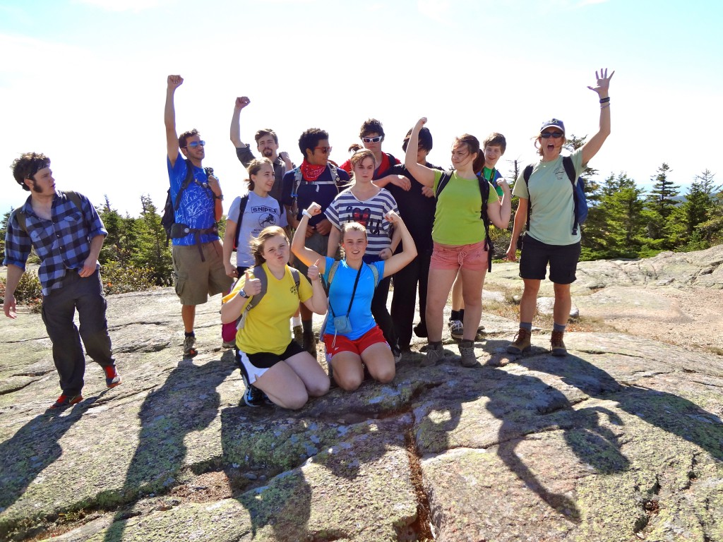 Teens to Trails hikers